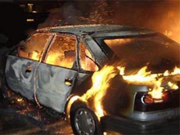 Водитель «Нексии» сгорел в своей машине после столкновения с «Ладой Приора»