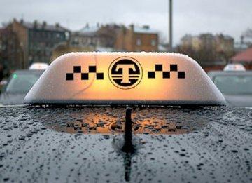 Роман Шулепов рассказал тюменцам о преимуществах легального такси