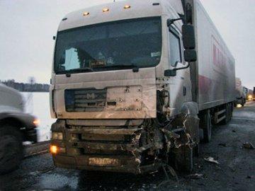 Страшные итоги выходных на тюменских дорогах - 5 погибших и 28 раненых