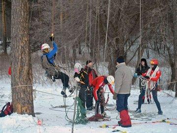 Тюменцы успешно выступили на первенстве УрФО по спортивному туризму