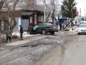 В Тюменской области ночью в кювет вылетел ВАЗ-2106, погиб пассажир машины