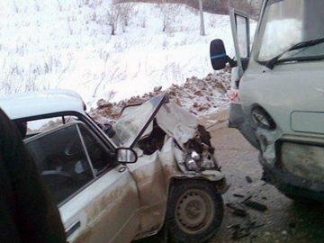 В Ишимском районе в ДТП со смертельным исходом столкнулись «Жигули» и «УАЗ»