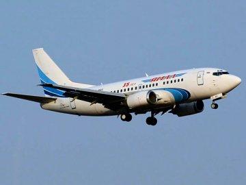 В аэропорту «Рощино» совершил вынужденную посадку Боинг, принадлежащий авиакомпании «Ямал»
