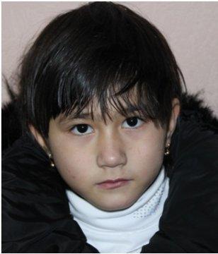 Тюменская полиция ищет родителей найденной малолетней девочки