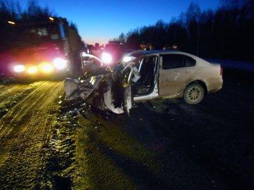 Водитель «Шкоды» погиб в тяжелом ДТП, произошедшем на трассе Тюмень - Утяшево - Горьковка