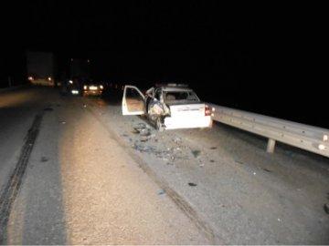 На трассе «Тюмень - Омск» фура расплющила полицейский автомобиль. Погиб инспектор ДПС
