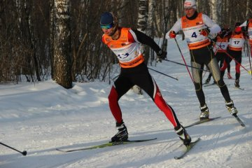Тюменские лыжники официально открыли зимний спортивный сезон