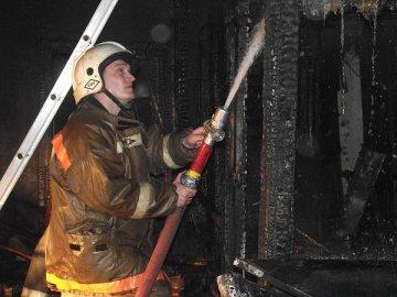 Сразу 5 пожаров произошло сегодня в Тюменской области. Горели бани, строения и жилые дома