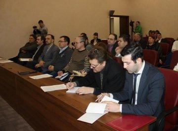 В Тюмени прошли публичные слушания закона о СО НКО